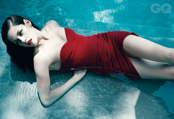 Kristen Stewart Now It Becomes a Fashion Pin-Up (At Least for GQ)