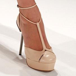 Calvin Klein Collection - Spring/Summer 2012 Ready-to-Wear