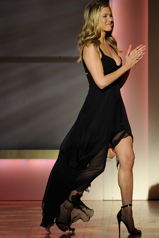 Jennifer Aniston in Versace | 2011 Glamour Women Of The Year Awards
