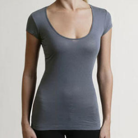 Market BRIDGETTE Scoop Neck Tee
