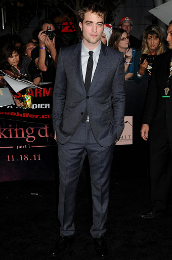 "Robert Pattinson in Gucci | ""The Twilight Saga: Breaking Dawn - Part 1"" LA Premeire"