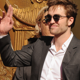 Robert Pattinson in Oliver Peoples | Grauman's Chinese Theatre Hand and Footprint Ceremony