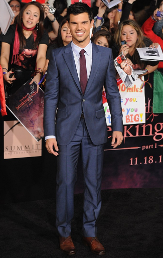 Taylor Lautner in Alexander McQueen | 'The Twilight Saga: Breaking Dawn - Part 1' LA Premiere