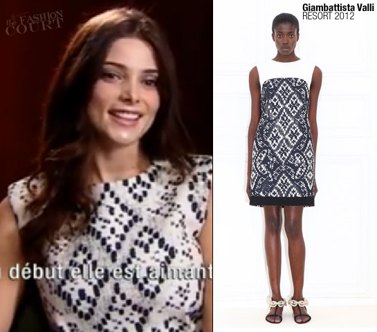 Ashley Greene in Giambattista Valli | 'The Twilight Saga: Breaking Dawn - Part 1' Paris Press Junket