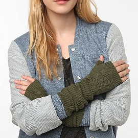 Cooperative Cable Ribbed Armwarmer