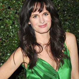 Elizabeth Reaser in Carolina Herrera | 'Young Adult' LA Premiere