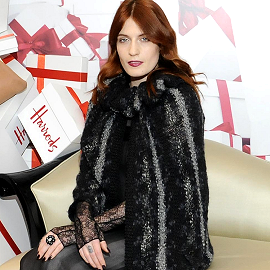 Florence Welch in Chanel | Opening of Harrods Winter Sale