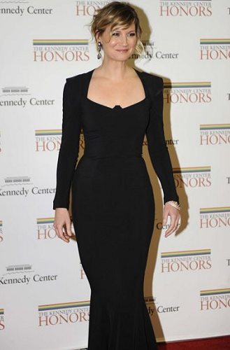 Jennifer Nettles in Stella McCartney & Roland Mouret | 34th Kennedy Center Honors