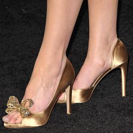 Katherine Heigl in Dolce & Gabbana | 'New Year's Eve' LA Premiere