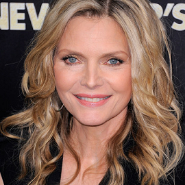 Michelle Pfeiffer in Alexander McQueen | 'New Year's Eve' NY Premiere