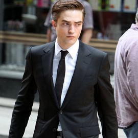 Robert Pattinson Rocks GUCCI Throughout 'Cosmopolis'!