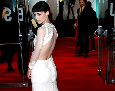 Rooney Mara in Givenchy | 'The Girl with the Dragon Tattoo' London Premiere