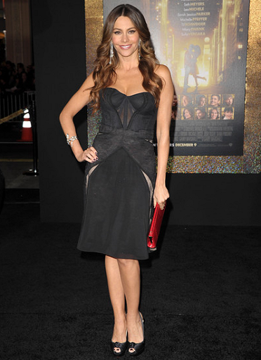 Sofia Vergara in Zac Posen | 'New Year's Eve' LA Premiere