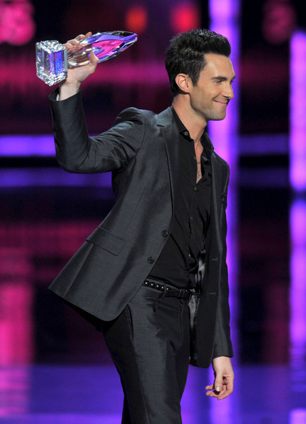 Adam Levine in Prada | 2012 People's Choice Awards
