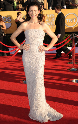 Julianna Margulies in Calvin Klein Collection | 2012 Screen Actors Guild Awards