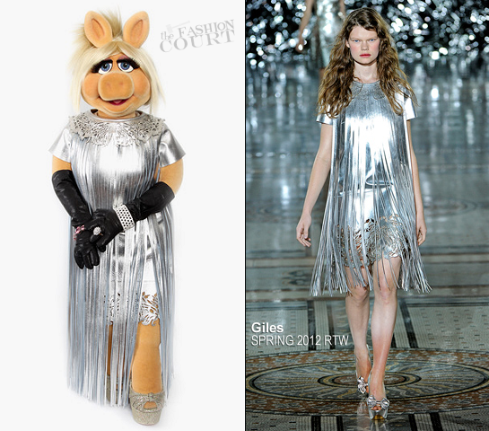 Miss Piggy in Giles | 'The Muppets' UK Premiere
