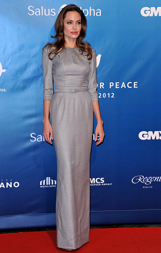 Angelina Jolie in Ralph & Russo | 2012 Cinema For Peace Gala