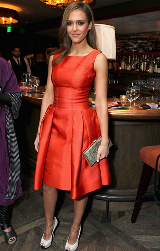 Jessica Alba in Carolina Herrera | V-Day Cocktails & Conversation