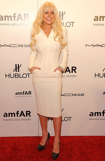 Lindsay Lohan in Tom Ford | amfAR New York Gala To Kick Off Fall 2012 Fashion Week