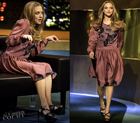 Amanda Seyfried in Mulberry | 'The Jonathan Ross Show'