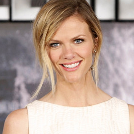 Brooklyn Decker in Giambattisa Valli | 'Battleship' Madrid Photocall