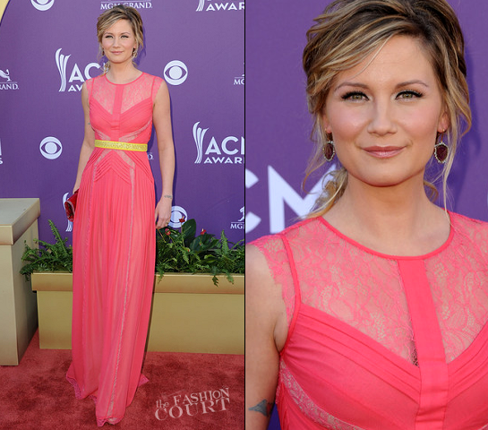 Jennifer Nettles in Max Azria Atelier | 2012 Academy Of Country Music Awards